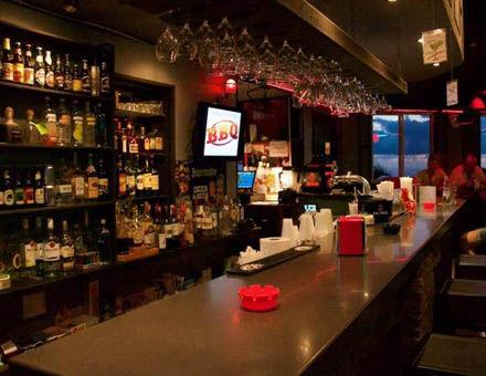 Scout's Place Restaurant Bar - Windwardside Saba