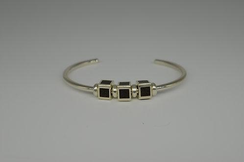 Well's Bay Feng Shui bracelet