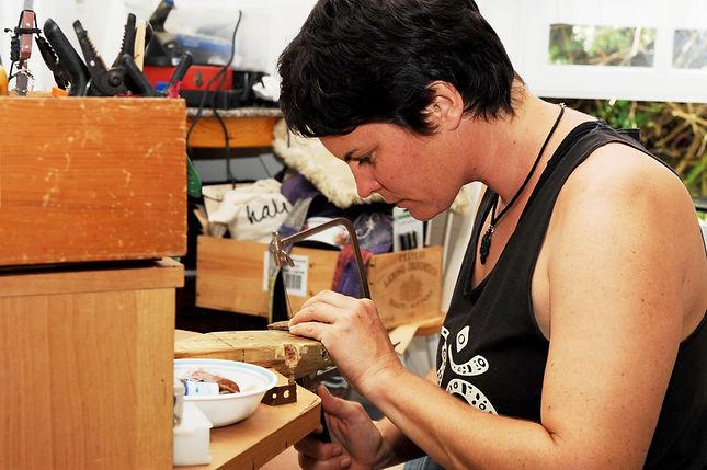 Marie Petit - Jewelry maker on Saba