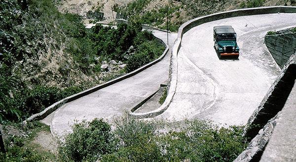 The impressive S-Curve on Saba's Road - Dutch Caribbean