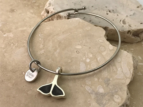 Well's Bay Whale Tail Bangle