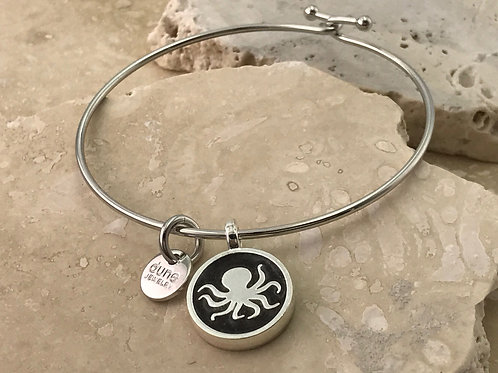 Well's Bay Octopus Bangle