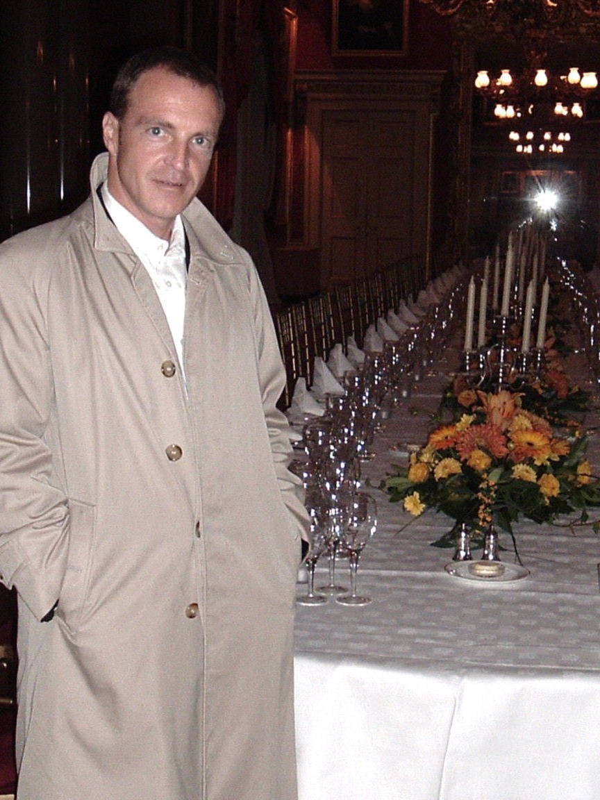franks dining.JPG