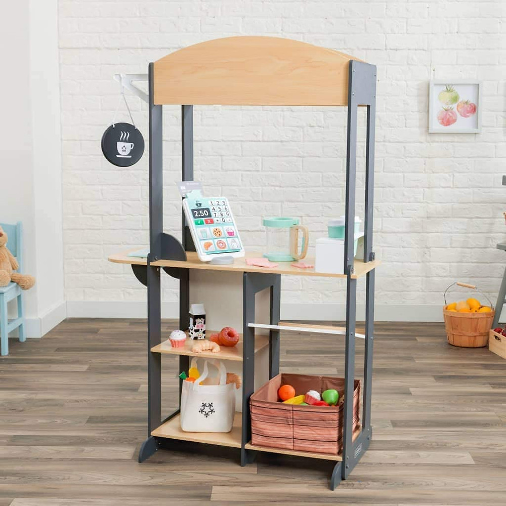 Our Favorite Pretend Play Market by KidKraft