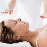abdomen-therapeute-effectuant-traitement