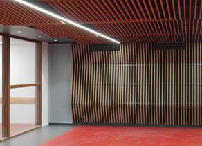 Livraison d'une salle de musique pour la salle des fêtes de Saint-Vérand (69).
