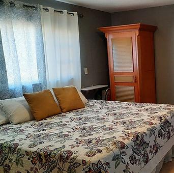 Unit2_Bedroom.jpg