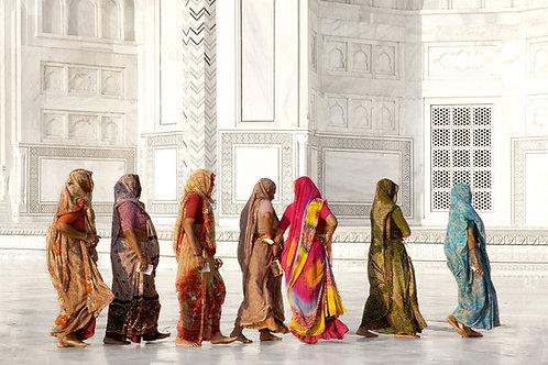 fine art photo photography contemporary editorial taj mahal india travel colour landscape people