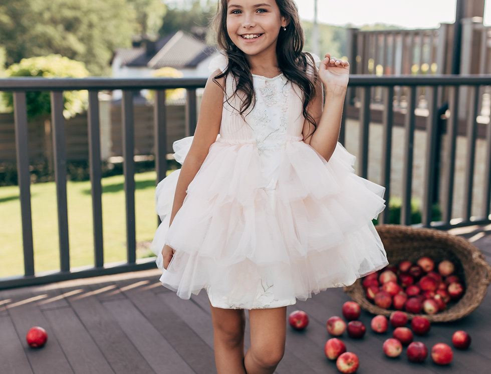 white pink tulle girls dress