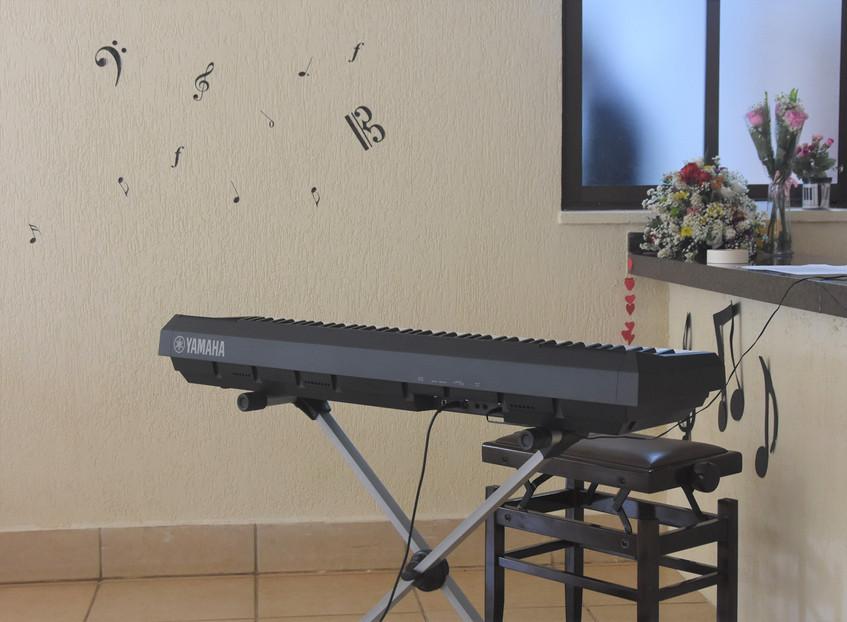 Neste ano, o Recital foi realizado com um piano digital. Em breve, faremos com piano acústico!