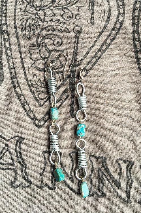 Double Link Rein Chain Earring