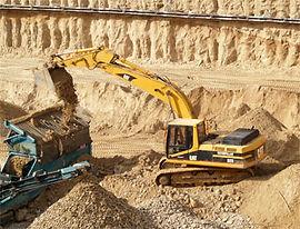 estrazione cava escavatore misto benna