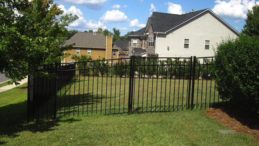 Aluminum Fence Removal