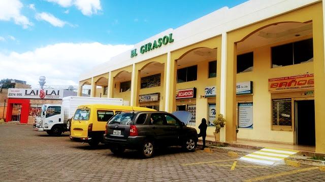 Girasol Bus Station - Tumbaco City