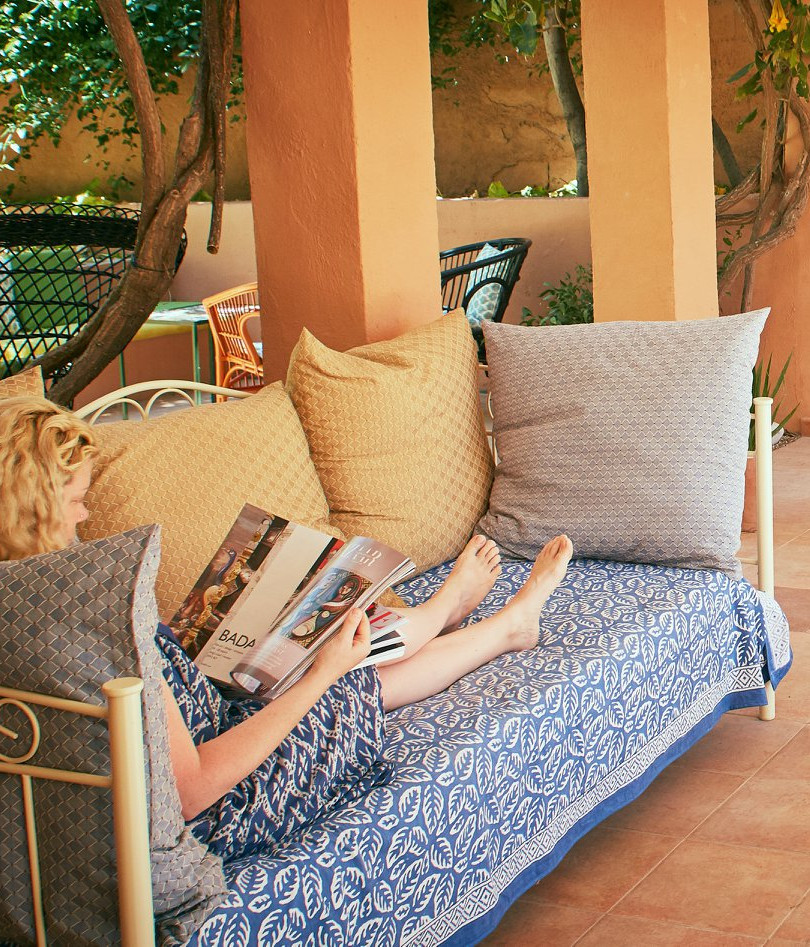 Relax in the cool finca