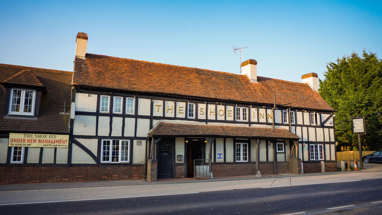 Village Pub & Rooms