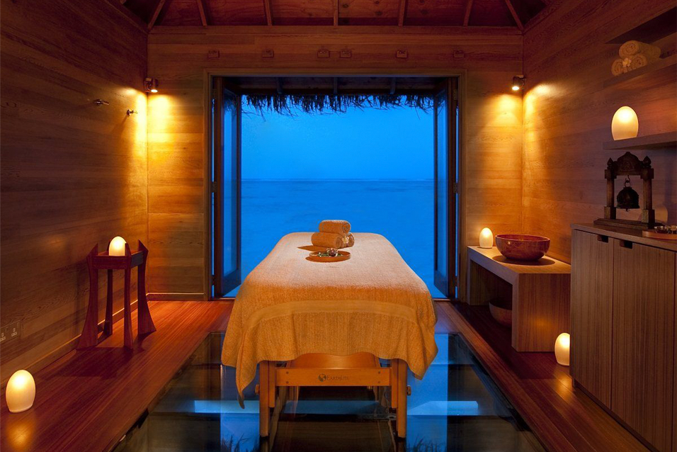 Reserve one of our overwater spa rooms for a afternoon of relaxation.