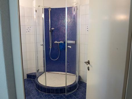 Teilsanierung: Dusche ersetzt Badewanne