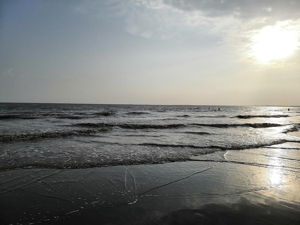 dumas-beach-haunted