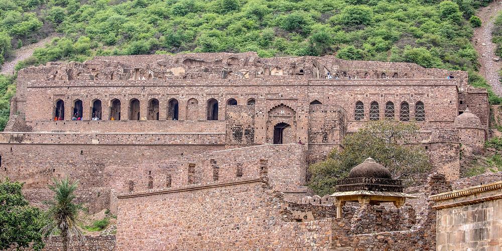 bhangarh-fort-haunted
