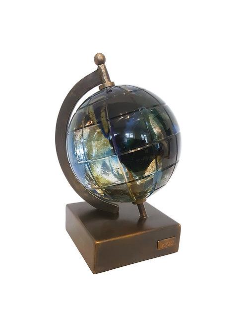 Globe Striking