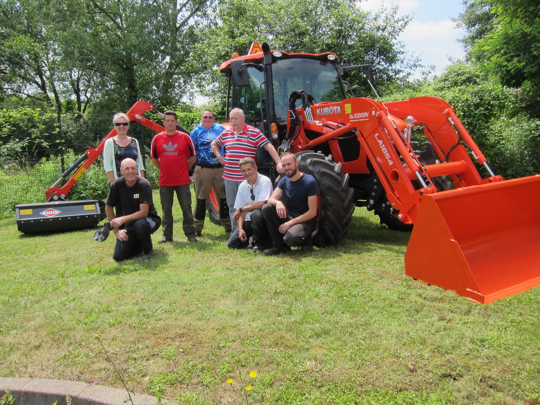Acquisition du nouveau tracteur pour la commune.