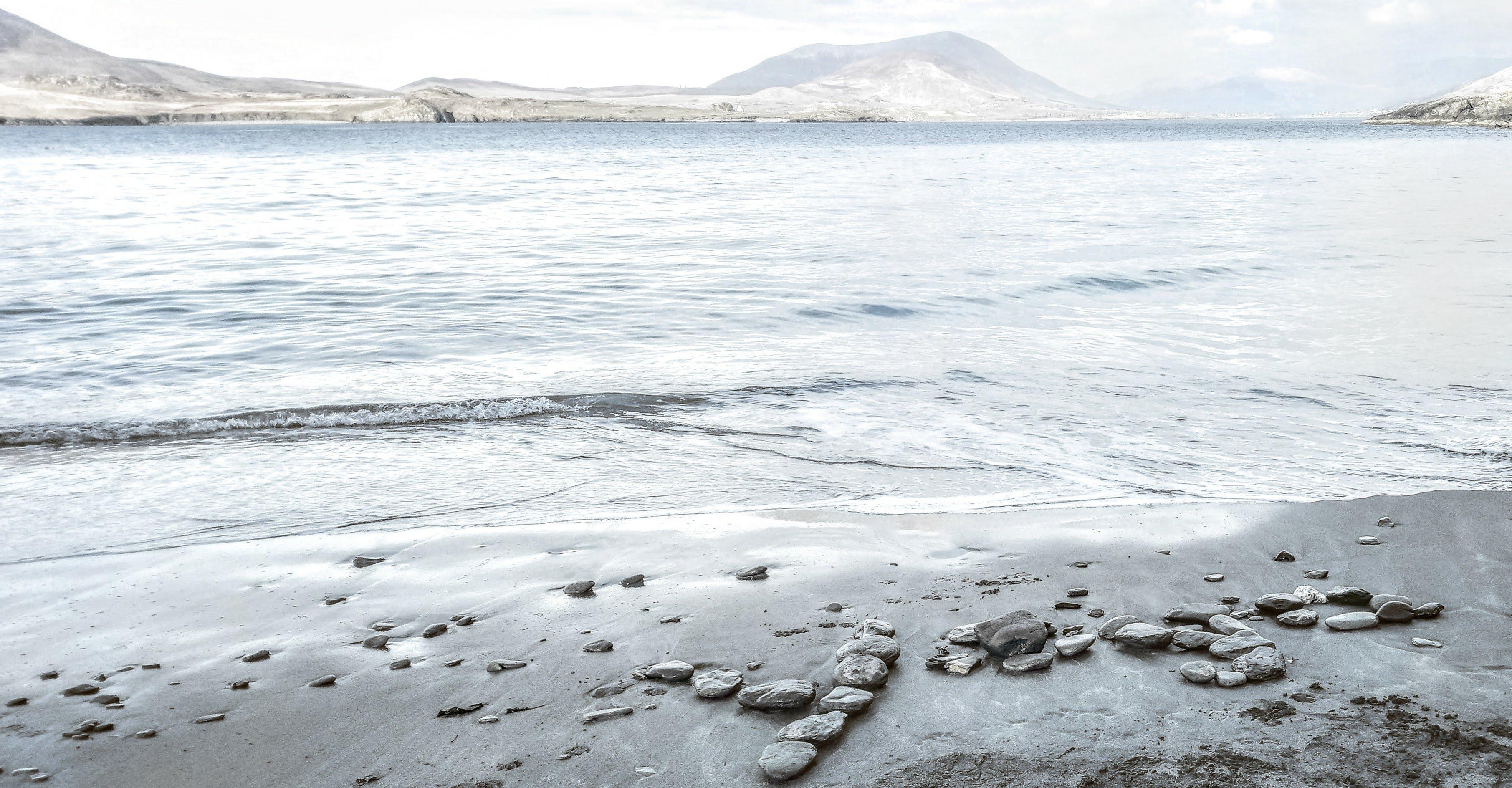 Yoga Glanleam beach