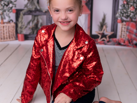 Studio Christmas Mini Sessions! - (These are kids only)