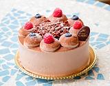 チョコレートケーキ5号(直径15cm、キャンドル5本付)