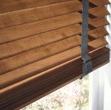 Graber-R1030-Wood-Blinds-CU17-V1.jpg