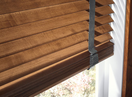 Graber-R1030-Wood-Blinds-CU17-V1.jpg