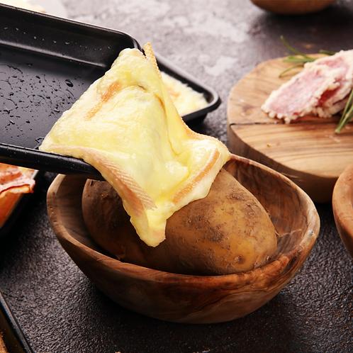 La Raklette Box avec notre bon fromage (par personne)