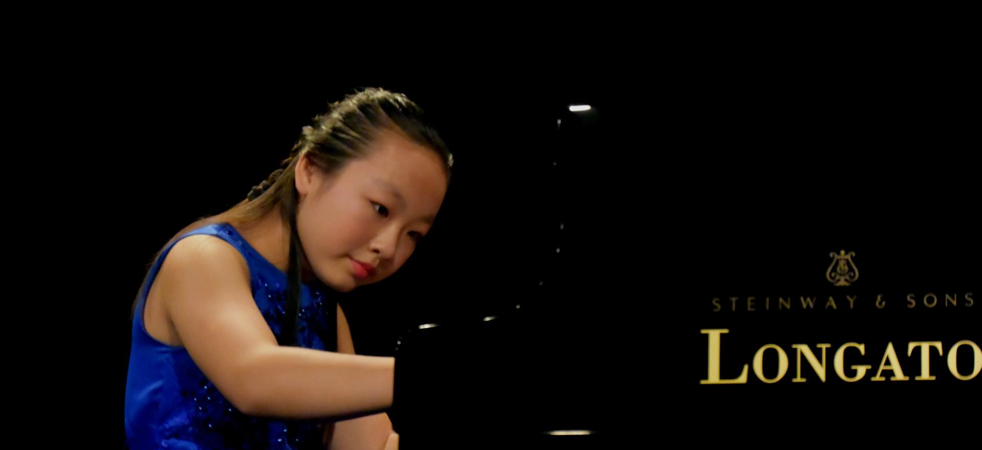 Monica Zhang