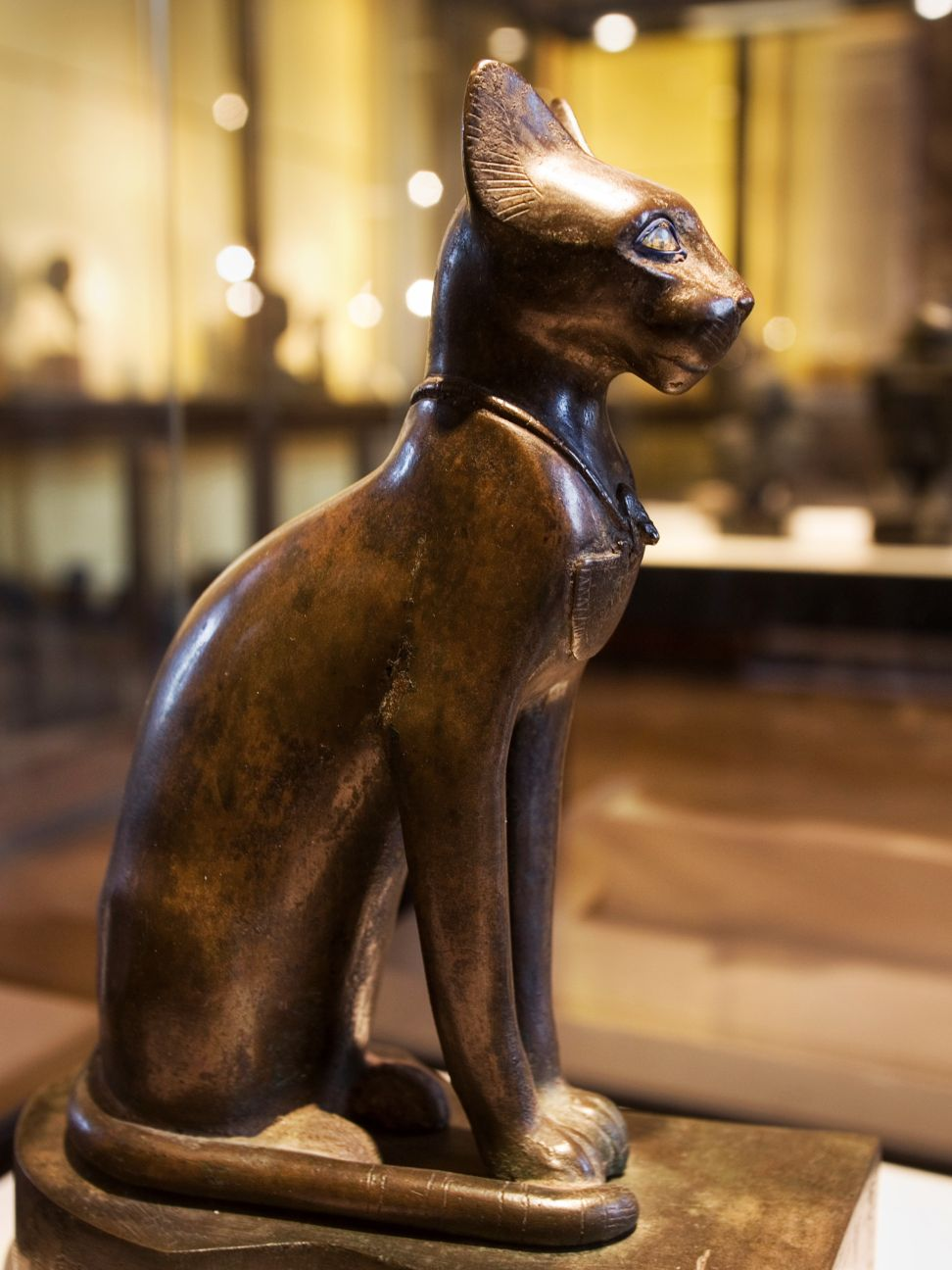 Louvre, Egyptian Cat