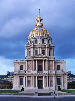 A storm coming over the Invalides