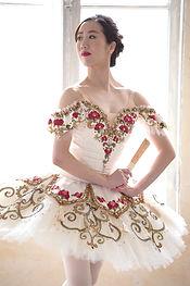 キトリ 3幕 バラ刺繍
