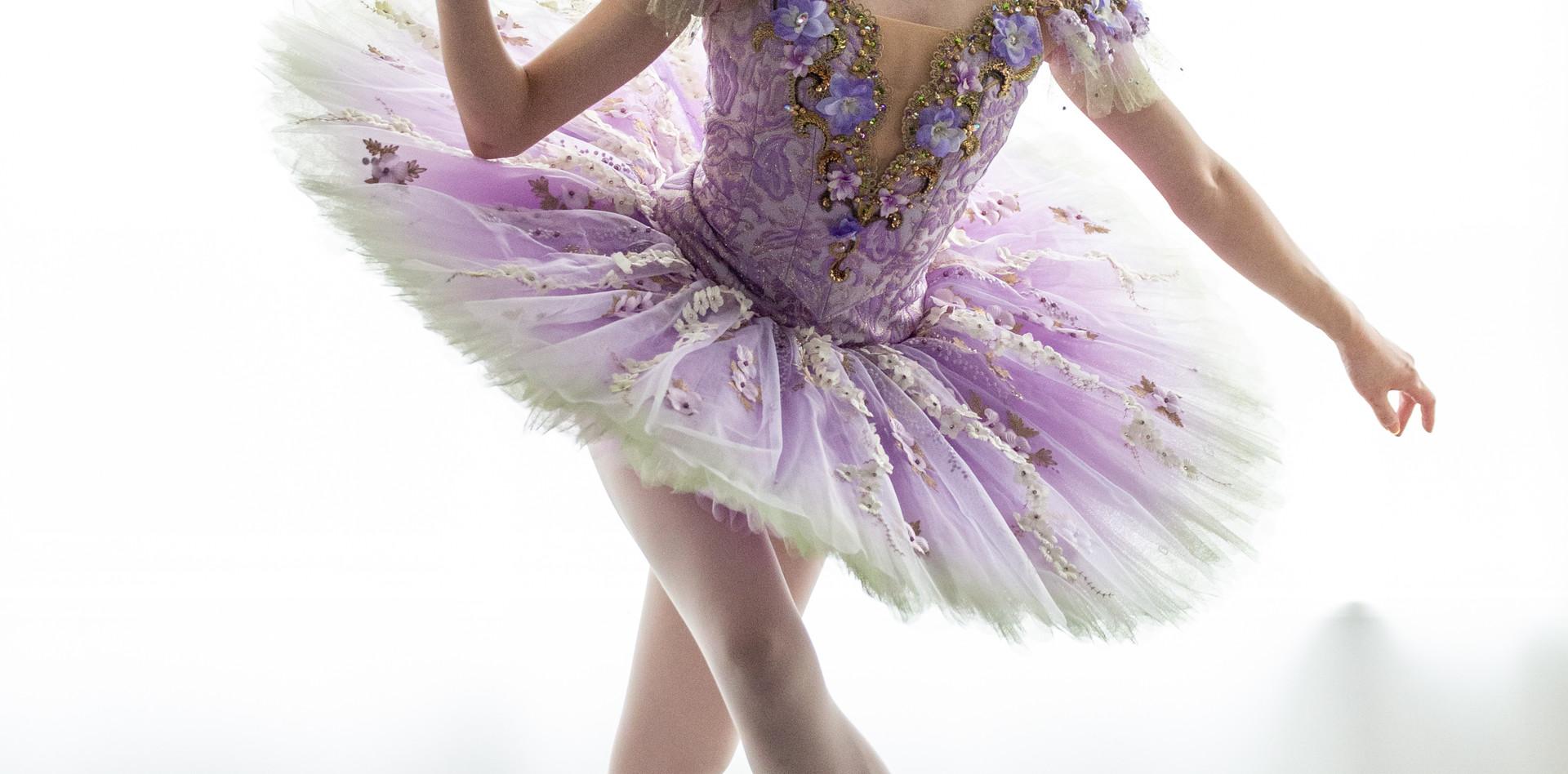 リラの精 紫