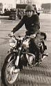 Onno Sander met motorfiets  jaren 50