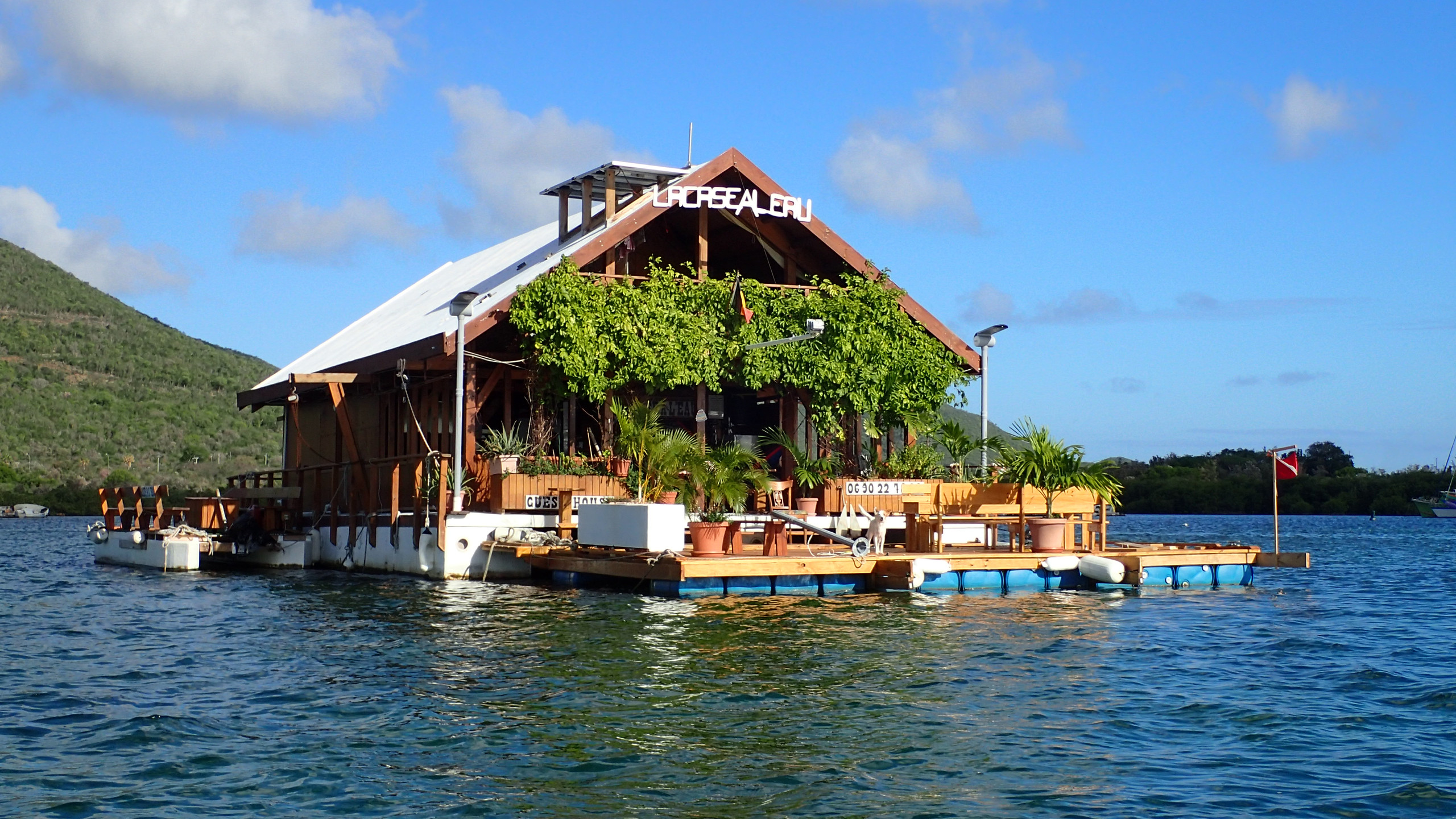 Floating guest house