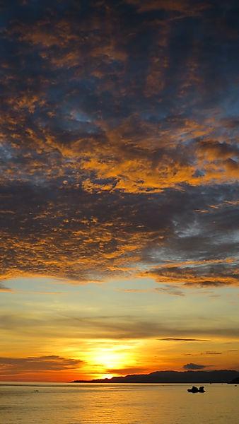 Coucher de soleil à Anda