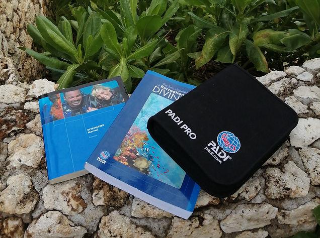 Dive Master theory book Anda Scuba Diving