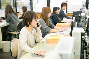 写真①会社紹介記事(左)4H5A4497.jpg