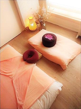 Massage Bright Light Bazel
