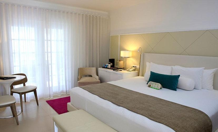 Azul-Beach-Negril-Oceanview-Deluxe-Room.