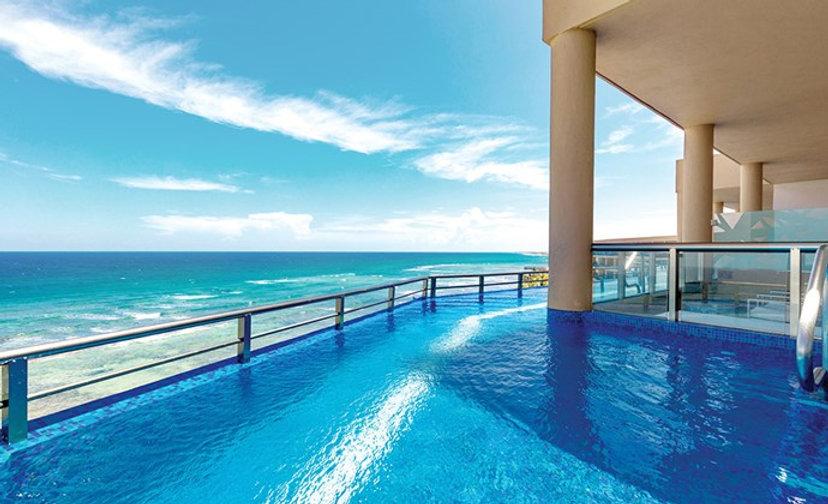 Karisma-El-Dorado-Seaside-Rooms-Infinity
