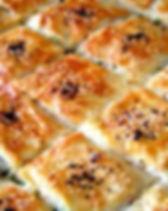 Peynirli Tepsi Böreği.jpg
