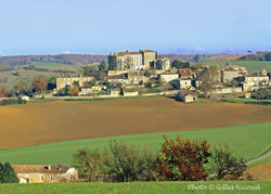 Marsac-château vu depuios StCréac