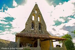 Gaudonville-église avec clocher mur