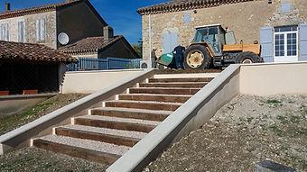 travaux_escalier_derrière_salle_des_fê