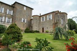 Marsac-château cour intérieure